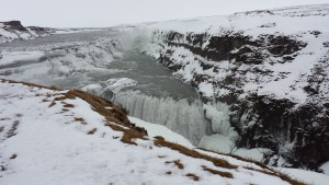 Waterfall with less wind, ice and snow